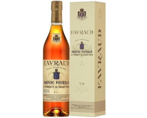 Коньяк Favraud VS gift box 0.7 л