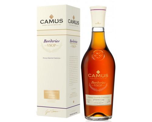 Коньяк Camus V.S.O.P. Borderies 0.7 л
