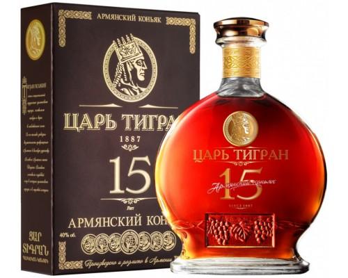 Коньяк Царь Тигран 15-летний в подарочной коробке 0.7 л