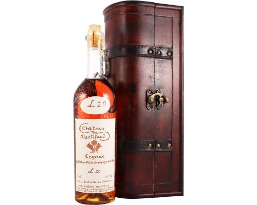 Коньяк Chateau de Montifaud 20 Years Old Fine Petite Champagne AOC wooden box Coffret Royal 0.7 л