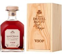Коньяк Daniel Bouju VSOP carafe & wooden box 0.7 л