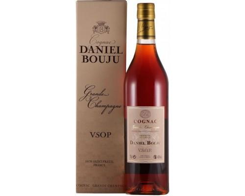 Коньяк Daniel Bouju VSOP gift box 0.7 л