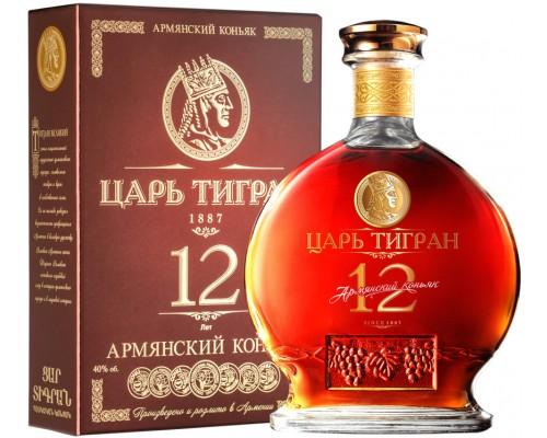 Коньяк Царь Тигран 12-летний в подарочной коробке 0.5 л