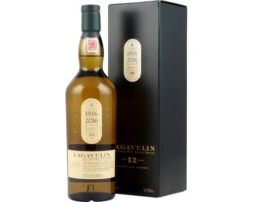 Виски Diageo Lagavulin 12 Years Old (Releas 2016) gift box 0.7 л