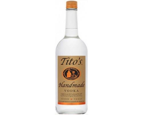 Tito's Handmade Vodka 0.7 л