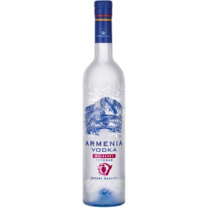 Водка Armenia Mulberry 0.5 л