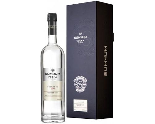 Водка Summum gift box 0.75 л